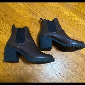 Very Lightly Worn Brown Chelsea Boots
